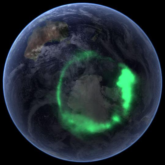 صورة  للشفق القطبي - ناسا في 11 أيلول 2005